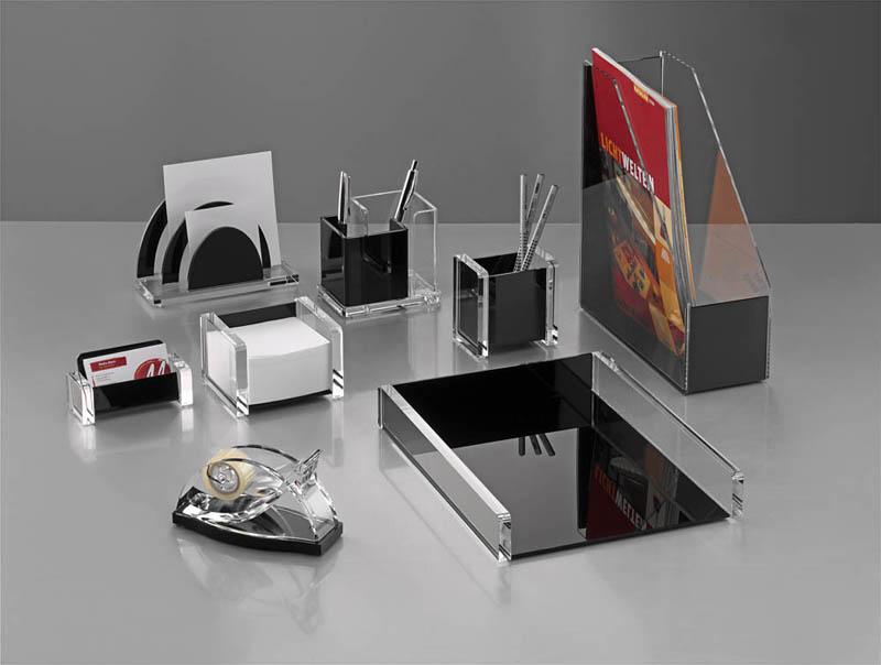 Forniture ufficio portaoggetti set scrivania materiale for Accessori scrivania design