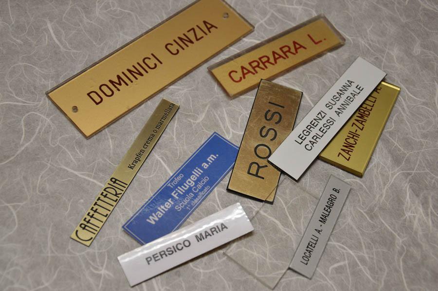 Targhe Ufficio Personalizzate : Targhe personalizzate timbri subito